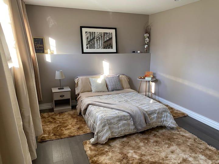 Master Cozy  Bedroom