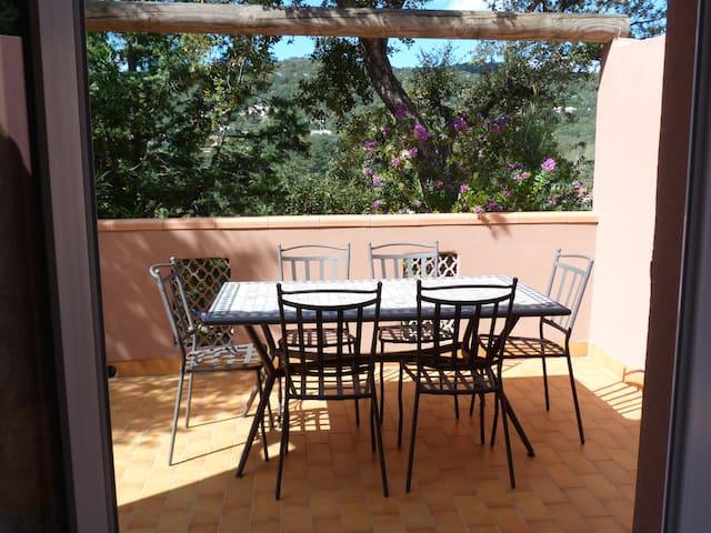Mini-villa 4 pers près de la plage de Santa Giulia