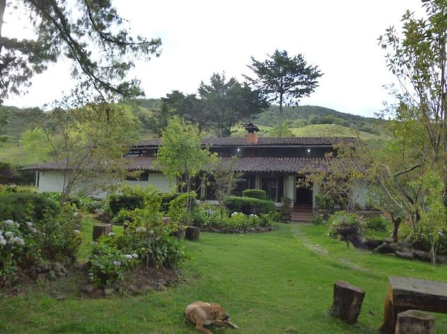 Country house in Silvia Cauca surrounded by nature