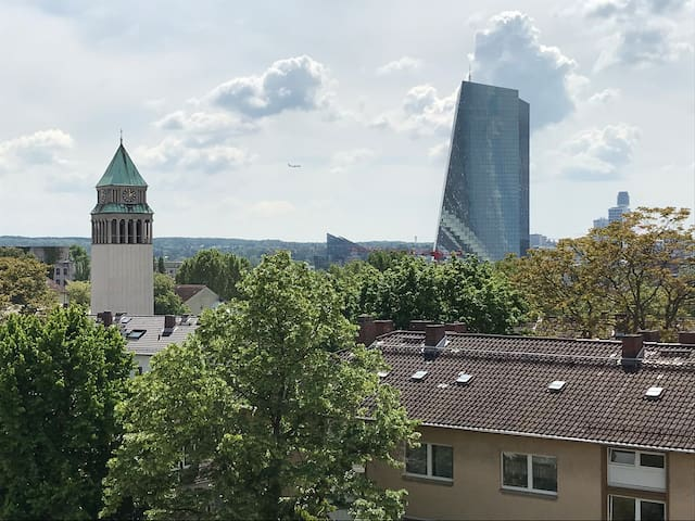 Charmante renovierte Wohnung im Ostend(8 min ECB)