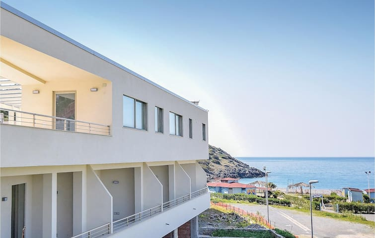 Holiday cottage with 2 bedrooms on 136m² in Cirella