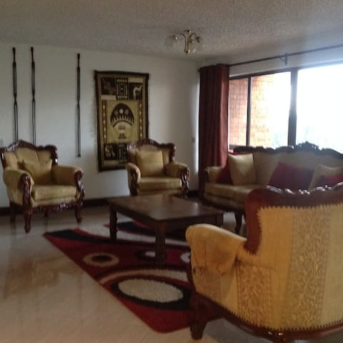 Connaught 52 in  Westlands - Nairobi - Hus