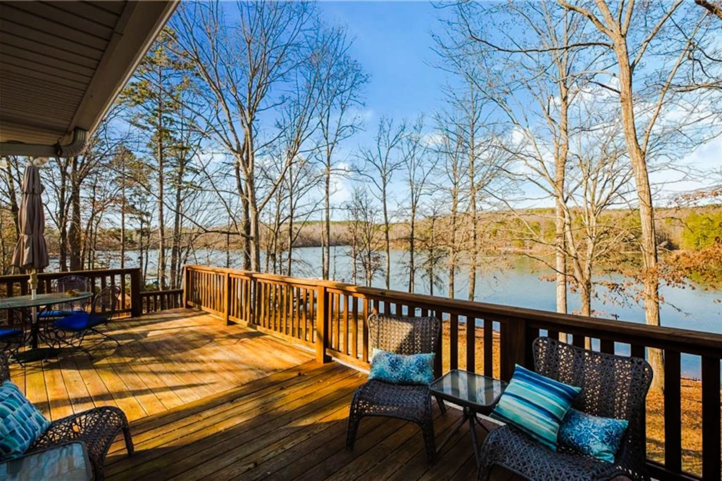Perfect Lake Hartwell Getaway-Gorgeous Lake Views!