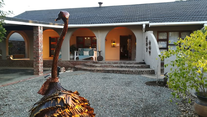 Swartberger Lodge selfcatering units: Rosenheim