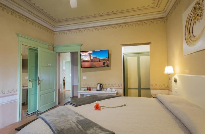 Deluxe double room with spa FIAMMETTA