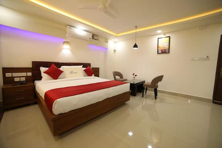 Air conditioned deluxe room in Kalpetta, Wayanad