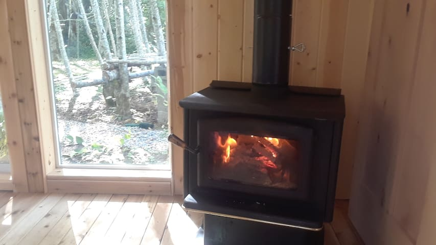 Fire Place ( bring your own wood )