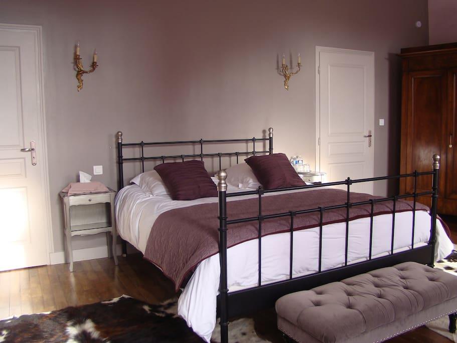 pr s d 39 amboise chambre priv e au manoir gu pi re chambres d 39 h tes louer nazelles n gron. Black Bedroom Furniture Sets. Home Design Ideas