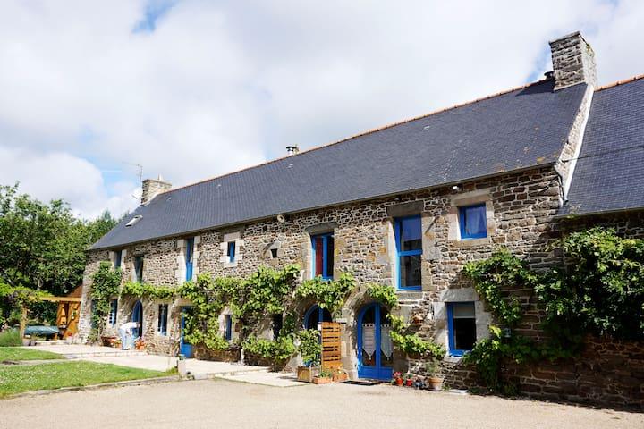Dinan St Malo Cancale, un havre de paix. Massages.