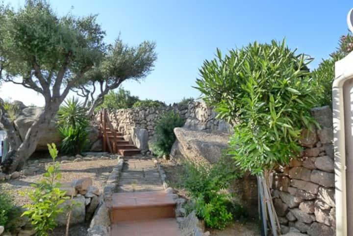 Palau Bilocale con giardino, 2 minuti dal mare