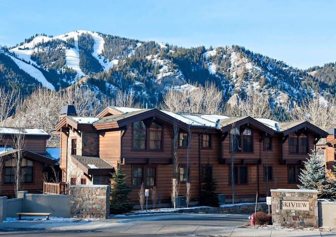 Sun Valley Townhome on Main street - Sun Valley