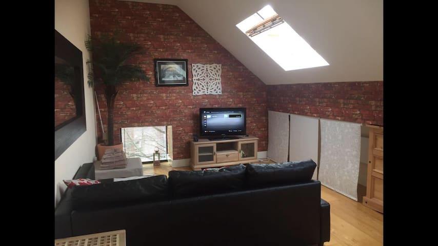 Stylish Studio loft Apartment