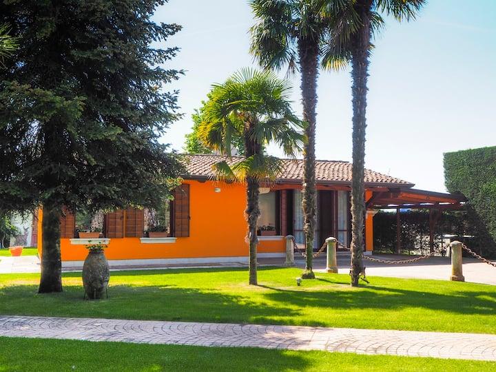 LA BRIGATA APARTMENTS ( Orange house)