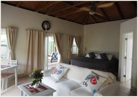 Tail Wind Resort Villa 4