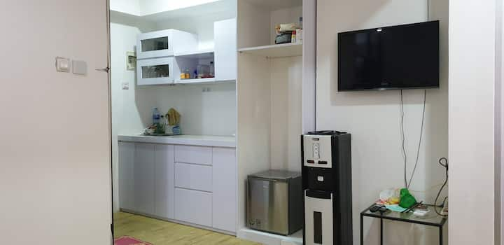 2BR Apart turn to spacious 1BR with walk-in closet
