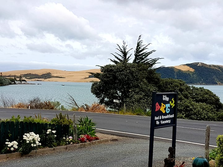 Special stay in the Hokianga, bed and breakfast