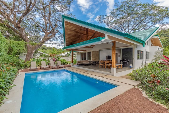Brand New Modern Home w/ Pool & Serene Backyard close to Beautiful Pelada Beach
