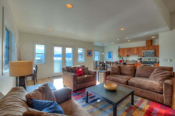 Largeopenliving/dining area withplenty of room to relax; includes queen sleeper-sofa.  Living room includes smart TV and upscale furnishings. Heated floors keep temperature comfortable regardless of the season.