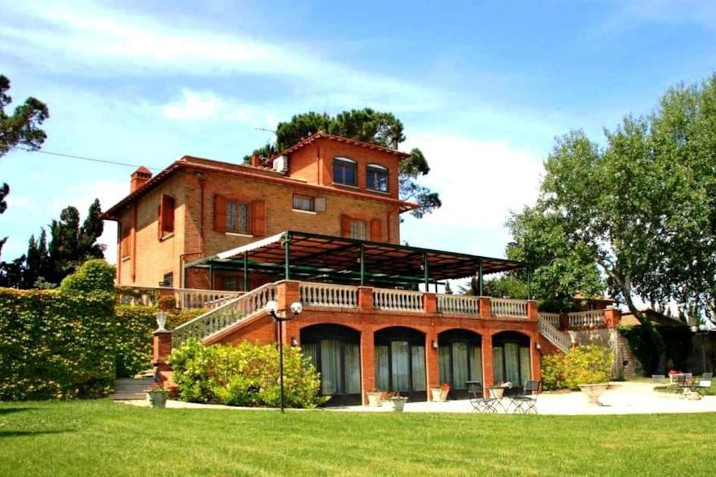 La Villa dal Parco privato recintato