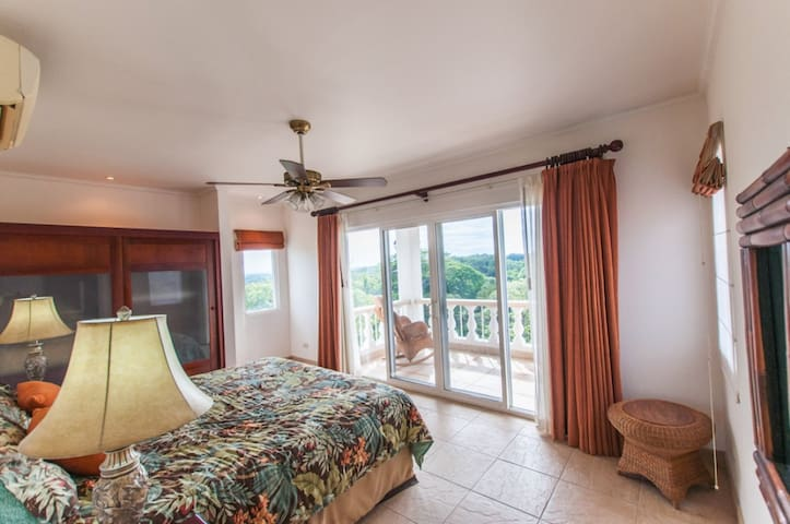 Bedroom 2 - King Suite (balcony)