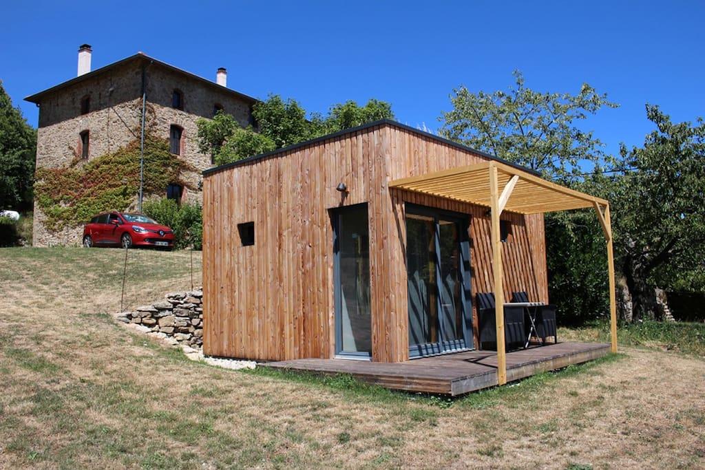 la cabane et la maison d'hôtes