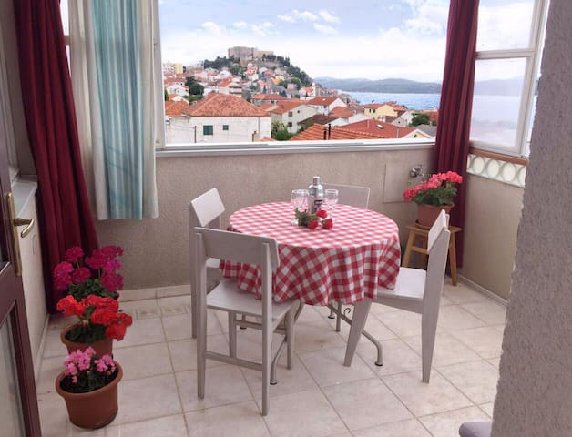 Tempera Apartment Sibenik