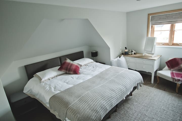 The Oak Wigmore, Bedroom 2