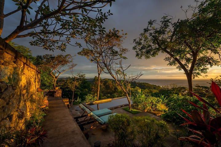 Casa Tranquila-  Jungle Life and Ocean Views,