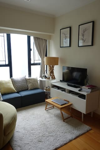 Location! Cozy apartment in quiet side of soho