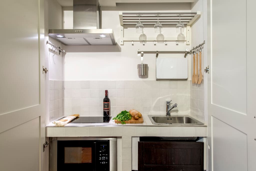 Cucina- the kitchen opened