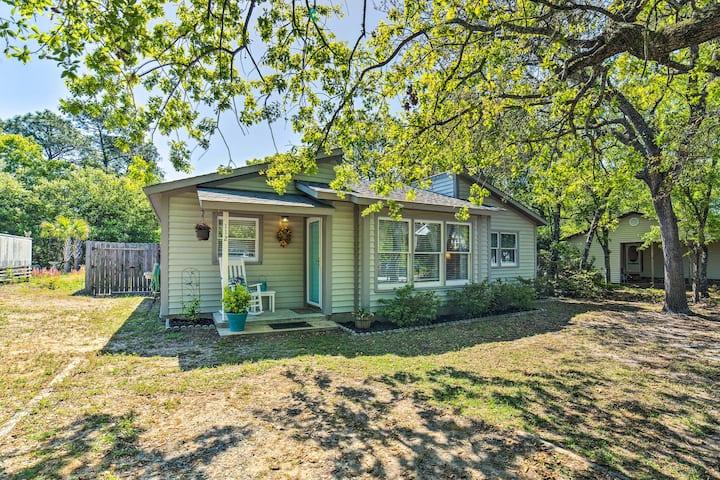 Oak Island Home w/ Fenced Yard-Walk to Long Beach!