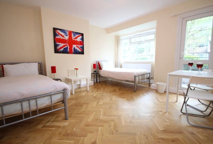 7 MINS WALK TO LONDON BRIDGE (BJIN)