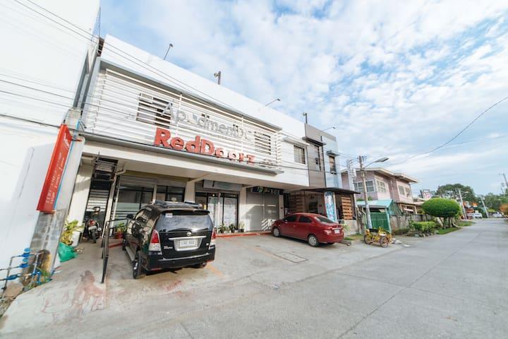308 RedDoorz near G Mall Bajada Davao