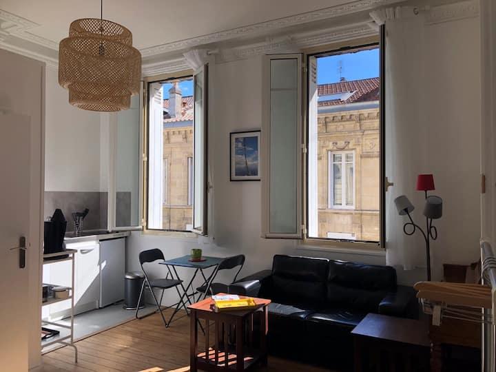 Studio indépendant au rdc d'une maison bordelaise