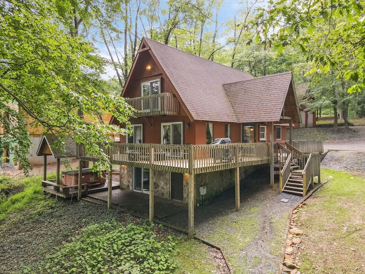 Lakefront Home w/Private Dock, Hot Tub, Fire Pit, & 2 Gas Fireplaces!