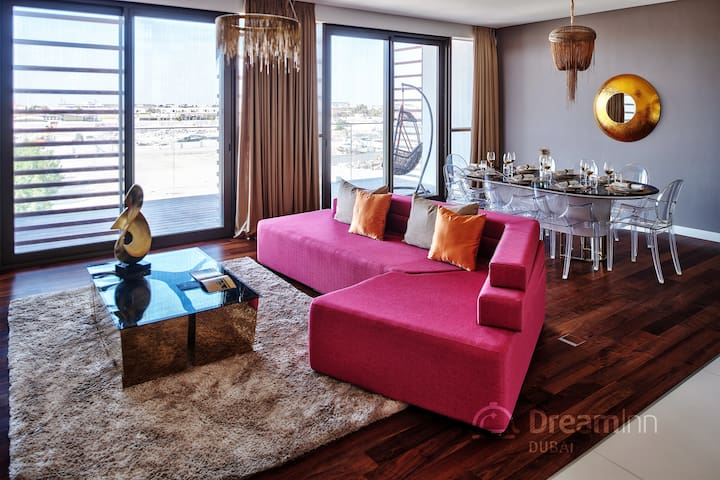 City Walk – Luxurious 4 Bedroom Apartment