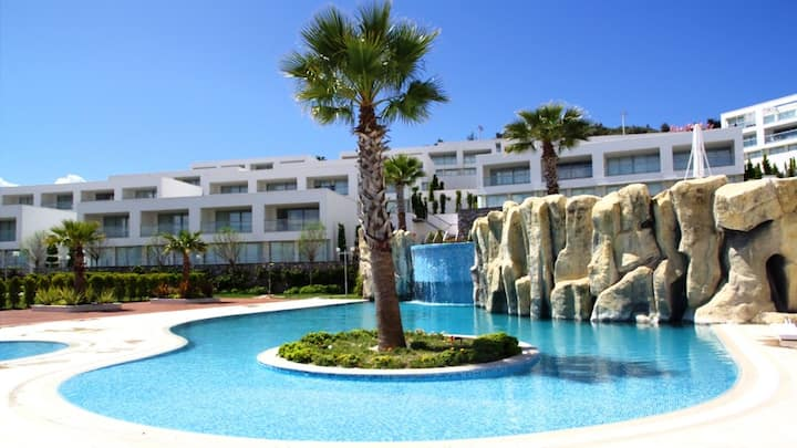 Luxury / Serenity Apartment With Amazing Sea View!
