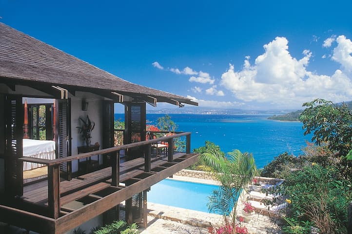 Goat Hill - Ideal for Couples and Families, Beautiful Pool and Beach - Montego Bay