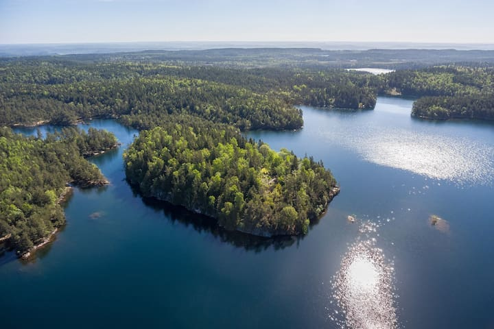 Private beautiful island, 45 min from Gothenburg