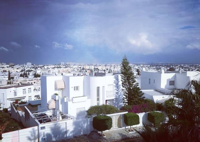 Cosy Duplex - Villa with terrasse / View on Tunis
