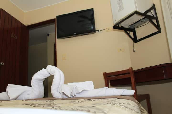 Habitación Simple - Hotel Monte Azul