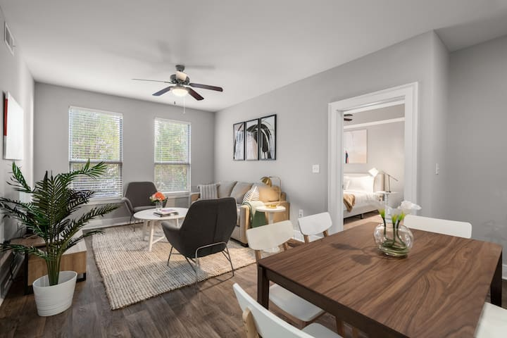 2BD/2BA Luxury Apartment in Atlanta