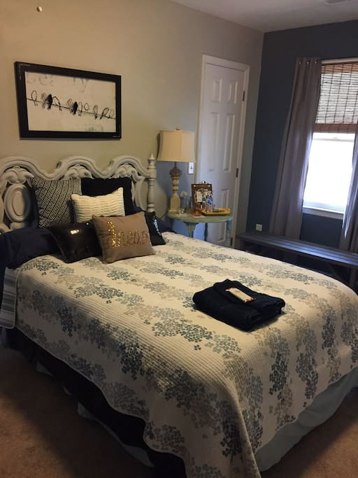 """Cool and comfy Blue Room. Spacious room ready for one or two. Full size bed with 2.5"""" cooling memory foam topper."""