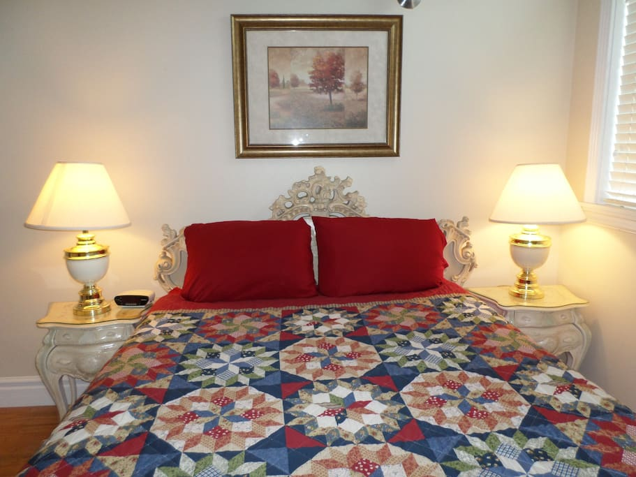 Queen Size Bed in the adjoining room