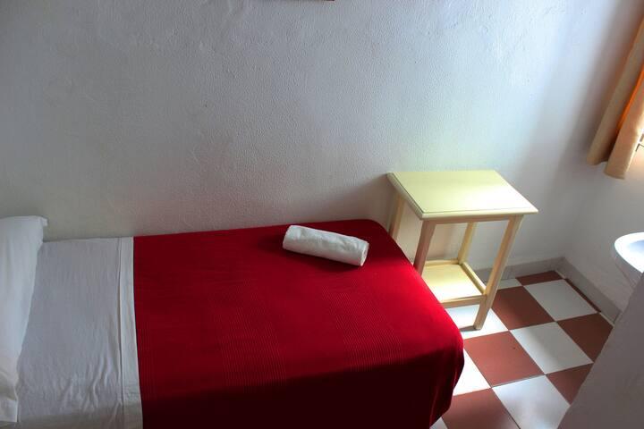 Centrico, Olavide, Habitacion Individual. 209
