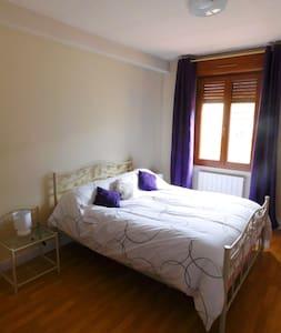 La Violette, Chambre d'hôtes. - Trie-la-Ville - Bed & Breakfast