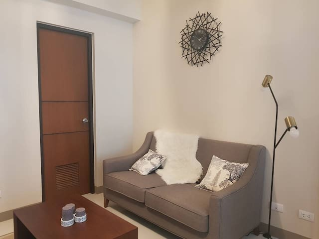 New Beautiful 1BR! One Uptown-Grand Hyatt-BGC+WiFi