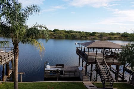 The Hideaway - fishing and fishing and fishing - Rio Hondo - Haus