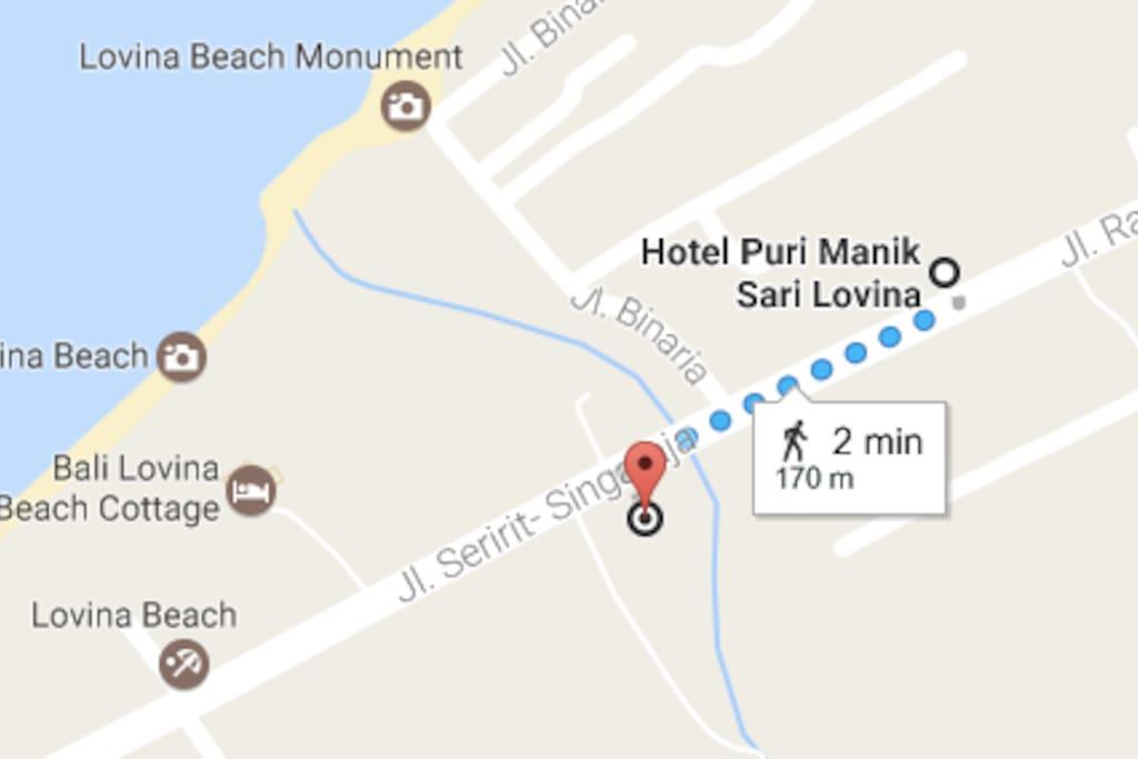 just 2 min walking to h most hip bar in Lovina, Kantin 21