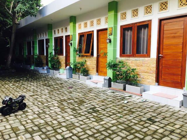 Cheap Standard Room in Lombok